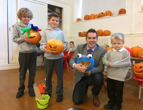 Pupils' pumpkin parade